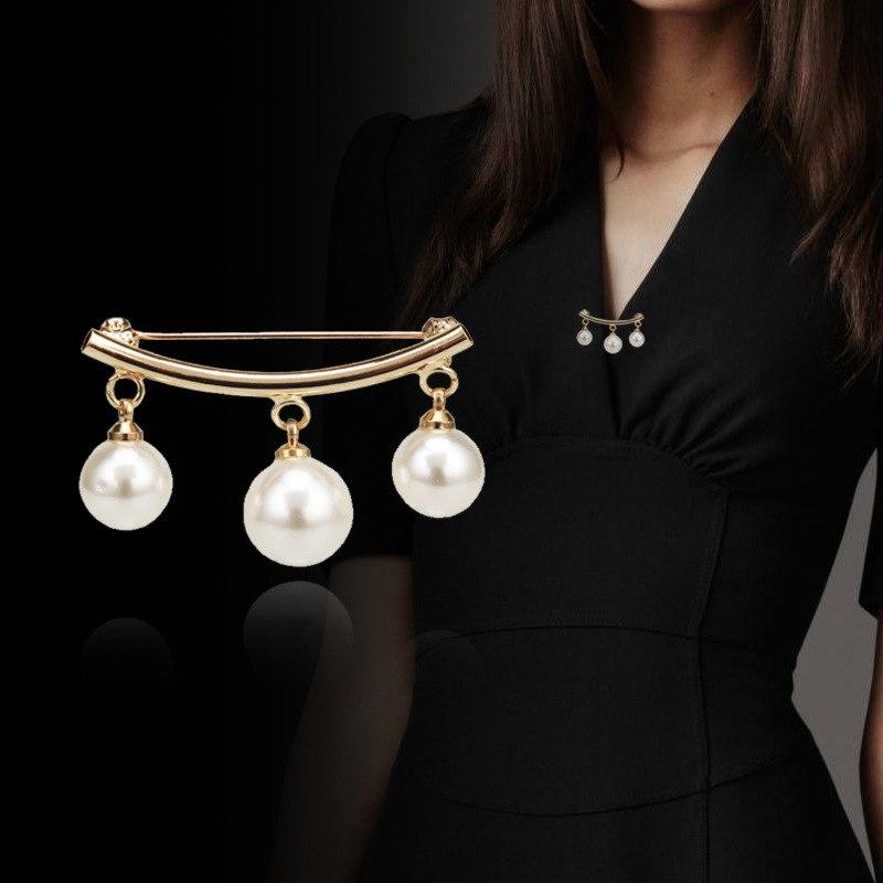 Creative Anti Slip Pin fashion Simple Pearl Brooch for women Gold