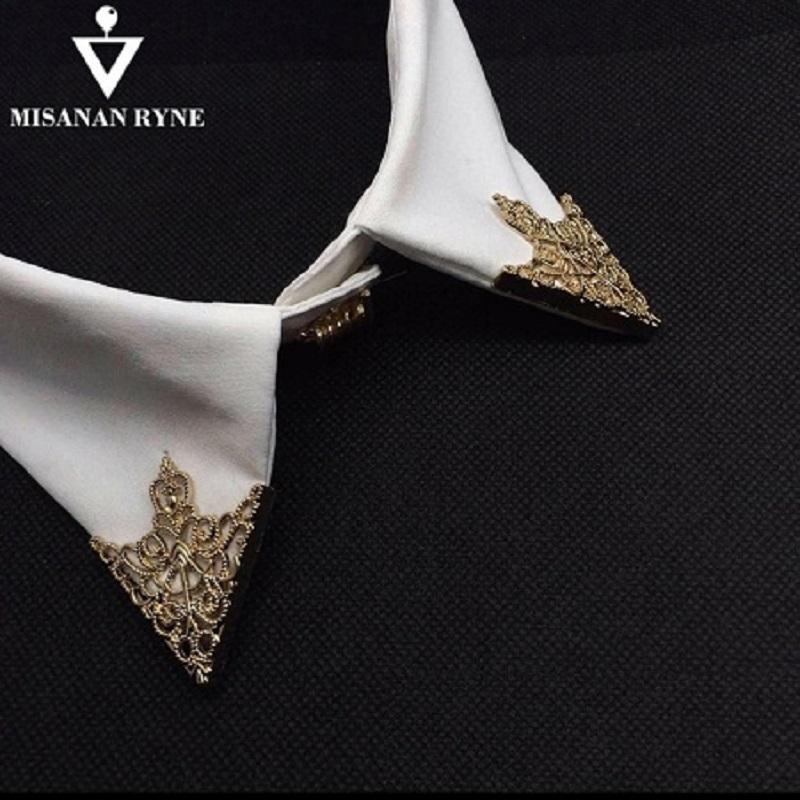 Fashion Alloy Brooch Hollow Pattern Collar Triangle Shirts Pins Men