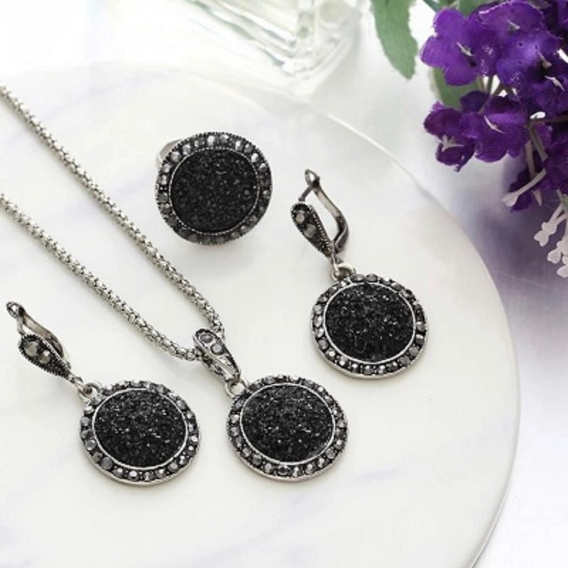 4Pcs/set Vintage Crystal Round Necklaces Jewelry Set For Women