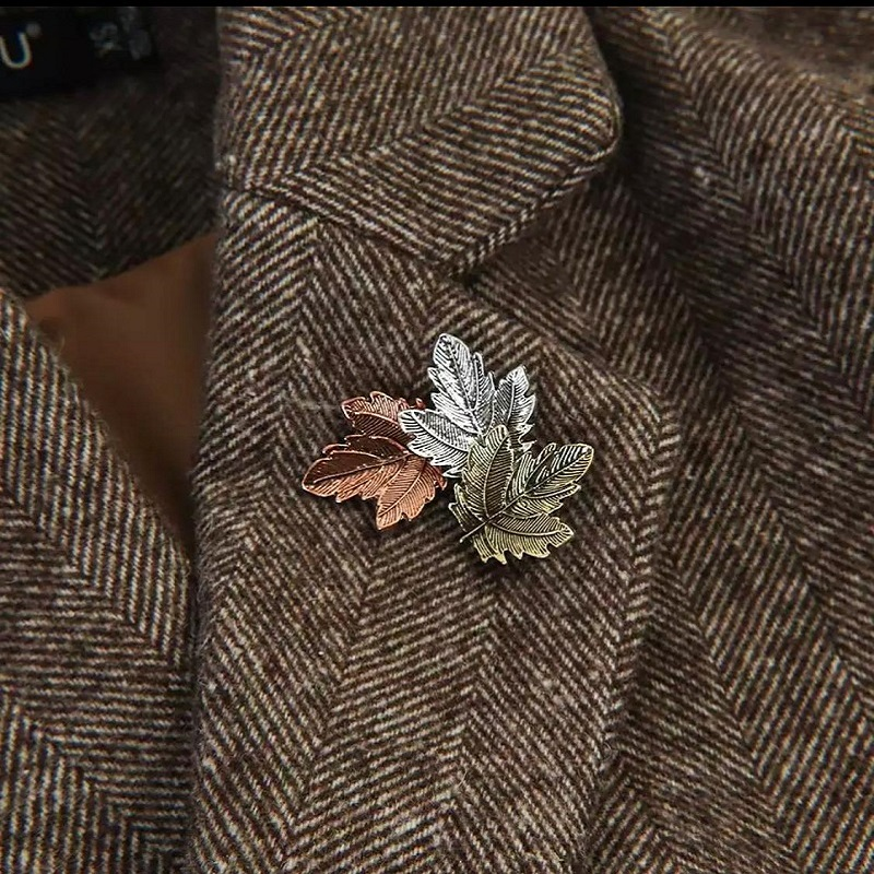 Vintage Metal Maple Leaf Brooch Pin Jewelry Clothing Accessories