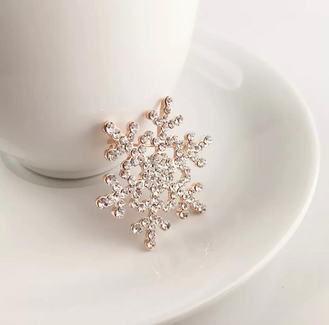 Shiny Crystal Snowflake Women Fashion Brooch Pin Gold