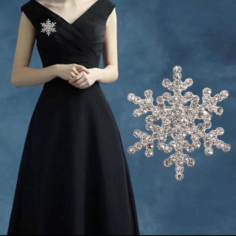 Shiny Crystal Snowflake Women Fashion Brooch Pin Silver