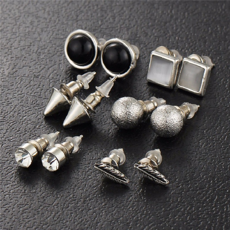 New Fashion Silver Color Ball Crystal Stud Earrings Go-0010